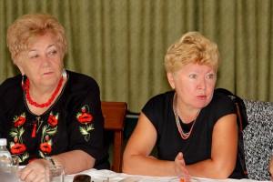 Тетяна Матвеєва - голова Чернігівської обласної організації Профспілки бере участь в обговоренні
