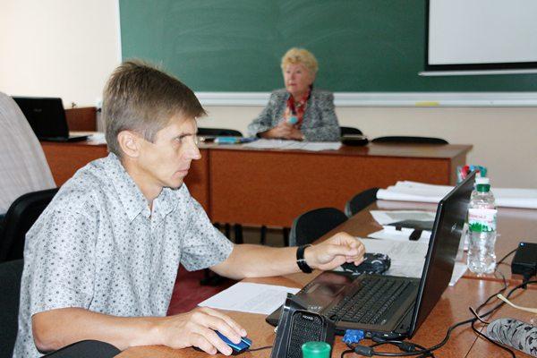 В центрі уваги президії: фінансування освітньої галузі області та робота навчальних закладів в новому навчальному році